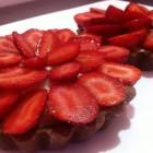 Les tartelettes aux Fraises, Crème Pâtissière à la Vanille et Pâte Sablée Cacaotée